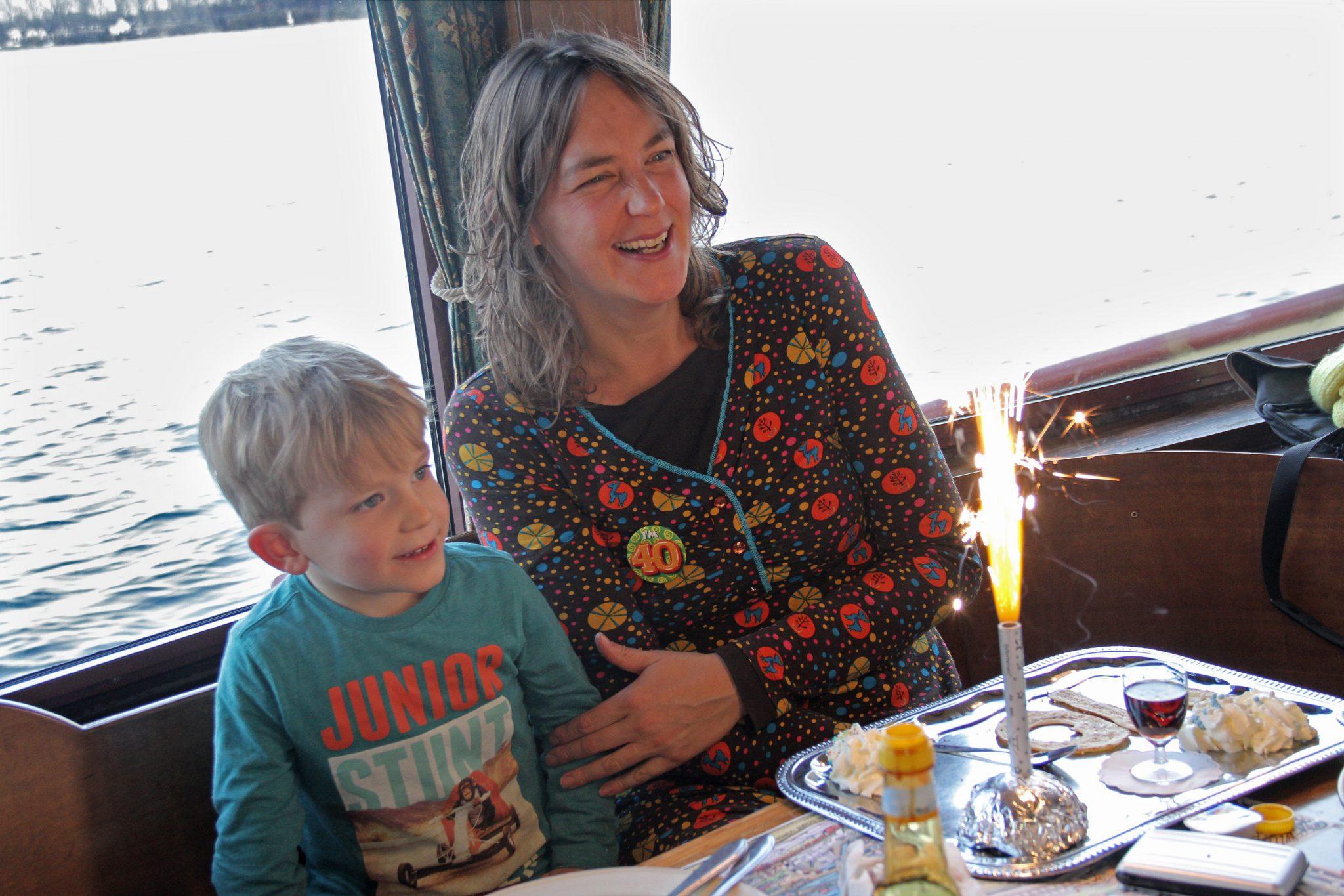 Moederdagbrunch pannenkoekenboot rotterdam for Kerstbrunch rotterdam